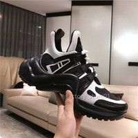 2019 nuevos zapatos para mujer para hombre Hermosa Chaussures zapatillas de deporte ocasionales de la plataforma de lujo diseñadores Arco Colores zapatos de cuero para el vestido de tenis calza botas