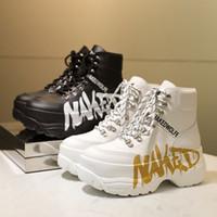 Kadın yepyeni Çıplak Wolfe Boots Ruh Altın Gümüş Beyaz Siyah Deri Graffiti Ayakkabı Moda Tasarımı Yüksek üst Sneakers Dantel-up Eğitmenler