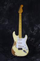 De alta calidad hechos a mano reliquias culturales guitarra eléctrica santa, pintura marfil, cuerpo de tilo, mástil de arce, viejas partes de la guitarra, envío libre