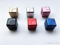 NEUE Metall Zappeln Cube Aluminiumlegierung Spinner Hand Würfel Quadrat Legierung Finger Dekompression Spinner Angst Beyblade Anti Stress Spielzeug