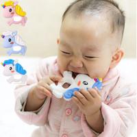 2018 du nouveau-né Brosses à dents pour bébé Safe Silicone bébé Mitt Teething Licorne originale Maman Inventé Teether Teething