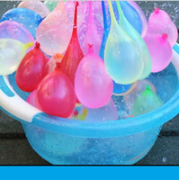 Jouet de ballon d'eau en plein air 111 PCS / SET ENFANTS Automatique enfants Summer Beach Play Sprinking Balls Jeux Tool Smash Ball Bubble Interactive