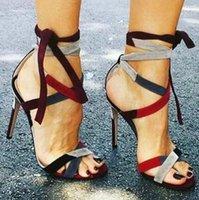 Hot Luxury Sale-Verão Patchwork Cruz Lace Up Abra Toe Stiletto salto Party Dress Sandals Charming Sandals Lady Vestido de Noiva Sapatos Bombas