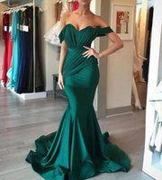 2020 Emerald abiti da sposa verdi con le increspature Mermaid spalle sposa economici Gust Dress Junior damigella d'onore Abiti