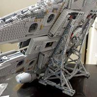 Stand Display Star MOC Krieg Millennium Spielzeug Falcon Vertical Display Kompatibel mit 05132 75192 Ultimate Model Bricks Blocks Geschenk