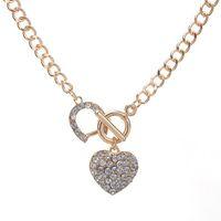 Женщина Ссылка цепь Bling Hrinshone Toggle CLASP Сердце Романтическая Любовь Подвеска Короткое Ожерелье Для Женщин Подарок Ледяные Украшения
