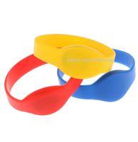 500pcs populaire 125KHZ TK4100 RFID Tag Wristband ID silicone Bracelet pas cher Prix pour les événements accès Accepter contrôle de l'impression