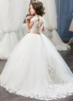 Flower Girls Dresses For Weddings Pizzo Perle Backless Principessa Bambini Abiti da festa di compleanno di nozze