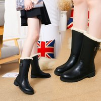 Bottes en peluche femmes mi-mollet en cuir PU Boucle pluie neige Bottes Chaussures en caoutchouc Chaussures Femme Réchauffez solides Chaussures Botas mujer