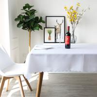 الصلبة اللون الأبيض 100٪ البوليستر مفرش المائدة عشاء غرفة الجدول القماش مستطيل عادي الجدول الأحمر الغلاف الرئيسية غرفة المعيشة الديكور