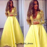 Elegante amarillo dubai abaya mangas largas vestidos de noche hundimientos de cuello en V vestidos de cordones usados de noche zuhair murad fiesta de fiesta de fiesta ed1294