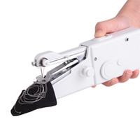 Portátil Mini Mão Máquina de costura Household Cordless Elétrica ponto Needlework Set para reparações rápidas DIY Roupa Stitchin