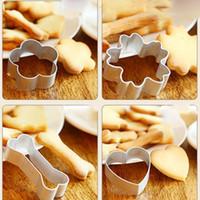 Accessori Cucina biscotto muffa della torta dell'acciaio inossidabile attrezzo del biscotto muffa del biscotto fai da te Mold Cookie Cutters Plunger Stencil pasticceria