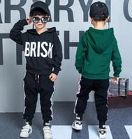 2019 neue klassische luxus designer baby t-shirt jacke hosen zwei-stück 2-9 jahre olde anzug kinder mode kinder 2 stücke baumwolle sets ouvdxb