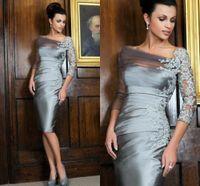 Longueur du genou dentelle Appliqued mère de la mariée Robes manches robe fourreau cocktail Sheer thé longueur mère marié Robe 2020