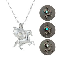 2019 Fashion Unicorn With Rhinestone Necklace Luminous Desig...