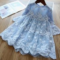 Mädchen-Spitze-Kleid 2020 neue Kinder schnüren sich Blumen embroiderey Partykleid beige blau A1867 Prinzessin Kleid Kinder Aufflackern-Hülsen gestickt