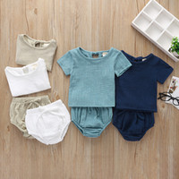 New Baby kids Abbigliamento tinta unita a due pezzi Camicia a manica corta + Short Girl Summer Comodo Soft Summer Clothing Sets