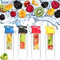 Jugo de fruta Botella de agua 700 / 800ML Creativo Té de limón Infusor Deporte Botellas de agua de plástico Desintoxicación para la salud Hacer una botella de jugo Tazas para viajes