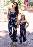 الصيف الفتيات الأزهار بذلة الأزياء زهرة المطبوعة القوس الدانتيل متابعة الأم ابنة الطفل مطابقة رومبير الأسرة مطابقة نيسيي Y2208