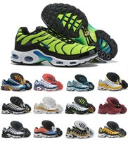 Venta caliente 2019 New Air Plus Shoes For Design Men Air Tn Qs Calzado deportivo Barato Tn Requin Malla Transpirable Negro Blanco Rojo Zapatillas de deporte