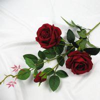 Rose de la flor artificial de franela rosa roja flor 3 Jefes falsa con hojas Organizar la tabla del boda del rosa del partido de la decoración florece el accesorio Flores
