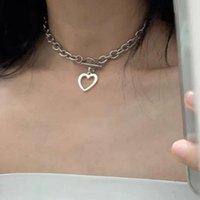 Mode Bijoux Collier Collier Coeur Pendentif Chunky Métal Chaîne en argent Argent Or Couleur Papier Pin Toggle Girls Cadeau