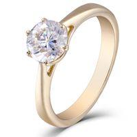 Transgems 10k Oro Giallo 1.0 Carat Gh Colore 2.8mm Larghezza Moissanite Simulato Anello di Fidanzamento Diamante Per Le Donne Y19052301