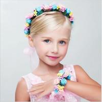 2020 여자 꽃 헤어 밴드 화환 꽃과 함께 손 링 2 개 세트 어린이 꽃 머리띠 아동 모자 머리 장식 소매를 수행