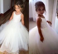 Beyaz Spaghettti Dantel Aplike Çiçek Kız Elbise Ucuz Küçük Kız Iletişim Kıyafeti Uzun Prenses Doğum Günü Örgün Gelinlik