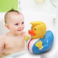 Duck Bath Toy PVC Trump Duck Duche flutuante Presentes presidente dos Estados Unidos boneca chuveiro da água Toy novidade crianças XD23390 Atacado