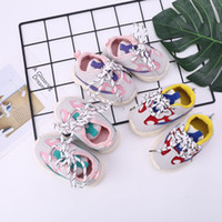 Baby Toddler Shoes Baby Lace-up Sports Shoes Boys Girls Suelas antideslizantes suaves Práctica para niños pequeños