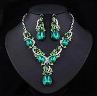Top Verkauf High-End-Brautschmuck-Halskette-Ohrring-Set-Droplet-Kette Geburtstags-Party-Dinner-Kleid mit Glaskristall Schmuck freies Verschiffen