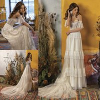 Charming Lace Beach Wedding Dresses Spaghetti Straps A Line Tiered Bohemian Bridal Gowns Sweep Train Tulle robe de mariée