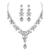 2019 nouveaux accessoires de mariage bijoux de mariage collier boucles d'oreilles avec strass Bidal bijoux de mode ensembles BW-CA567