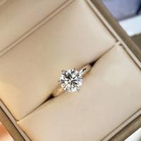 Diamante Sparkly para Mulheres Casamento Anel de Encanto S925 Silver Luxurious Quality Lover Presente PS6430
