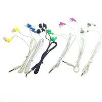 A granel al por mayor Auriculares Auriculares Auriculares de 3,5 mm en la oreja los auriculares para el envío libre del teléfono móvil mp3 mp4 1500pcs / lot