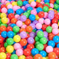 صديقة للبيئة ملون المياه لينة المحيط بركة موجة الكرة حفر الطفل ألعاب مضحكة الإجهاد الهواء الكرة للأطفال في الهواء الطلق متعة الرياضة ضياء 5.5CM 100 معدات