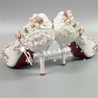 أحدث الزمرد أحذية الزفاف اللؤلؤ حذاء الزفاف الربيع الخريف الشتاء الراحة العروسة مضخة الكعوب 9 سنتيمتر 6 سنتيمتر 4 سنتيمتر الدانتيل أحذية الزفاف
