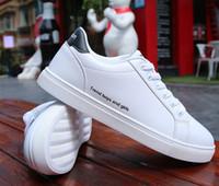 outlet store ee125 486dd 2019 Nuevos Hombres Mujeres Zapato Casual Superstar Blanco Marcas de Moda  Diseñador Zapatillas de Lona con