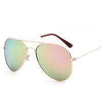 أطفال موضة النظارات الشمسية صبي وفتاة البرية نظارات الشمس في الهواء الطلق شاطئ نظارات AC عدسة 8 ألوان رخيصة شحن مجاني