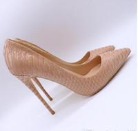 الشحن مجانا المرأة سيدة امرأة 2019 عارية بيثون براءات جلد أحمر أسفل أصابع أصابع الزفاف الخنجر عالية الكعب الأحذية مضخات أحذية 12