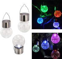 Lampes de lumière solaire LED suspendue à LED boule 7 couleurs changeant de jardin lumières de jardin en plein air Lampe à gazon solaire lampes murales solaires