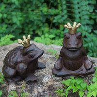 Set di 2 affascinanti rane incoronate principe rane in ghisa figurale scultura statua ornamento vintage casa giardino accento casa cottage arredamento prato