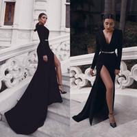 2019 schwarze Meerjungfrau Abendkleider lange Ärmel V-ausschnitt Satin Sweep Zug Abendkleider High Slits Roben De Soirée Prom Kleid