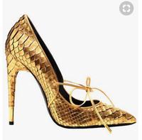 봄 새 얕은 입 악어 패턴 지적 골드 금속 스틸 레토 섹시한 나이트 클럽 여성 신발 결혼식 신발 게으른 신발에 고체 슬립