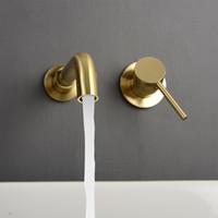 Minimalismo Torneira do banheiro Único punho parede montada Black escovado ouro de misturador da água Tap 360 Graus Rotatable