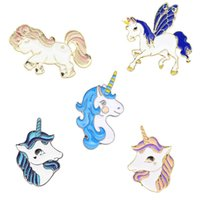 Hot Fahsion Cartoon Colorato Unicorno Pegaso Alpaca Distintivo Spilla Distintivo Dolce Carino Testa di Cavallo Spille Pin Donne Gioielli Corpetto