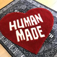 Atacado 60cm HumanMade HumanMade Tapete de coração Nigo Plush Parlor na moda Tapete Handmade Tapete Floor Fornecedor