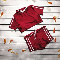 2 Pieces Mulheres manga curta camisola de alças curto Pant Treino Set Sports / Academia / Suit Yoga Estilo Sports Monokini Verão Feminino Outfit